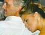 Claudia Galanti abbracciata teneramente all'imprenditore Tommaso Buti che ha festeggiato i suoi 48 anni