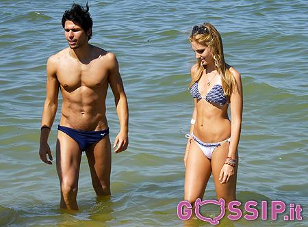 Irene Cioni in spiaggia con Mister Italia 2013: foto