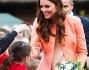 Kate Middleton ha indossato un abito cipria abbinato a un cappotto color salmone