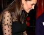Kate Middleton ancora mondana e in dolce attesa, il pancino si vede sempre di pi�: foto