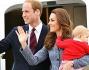 Kate e William salutano dall'aereo prima di prendere il volo