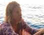 Un tramonto romantico appesa alla barca per Federica Pellegrini