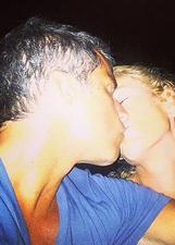 Alessia Marcuzzi, ultimi momenti di vacanza a Formentera con Mia e il fidanzato Paolo Calabresi Marconi: foto