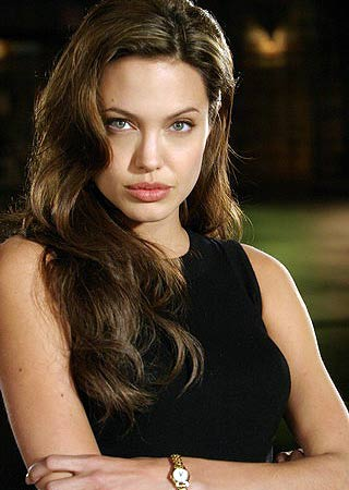 Mr. and Mrs. Smith Foto_dal_set_di__Mr__and_Mrs__Smith__con_Angelina_Jolie_6