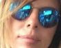 Paola Perego è selfie prima di arrivare in aeroporto