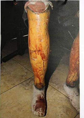 Anche le protesi di pistorius sono insanguinate foto e - Arma letale scena bagno ...
