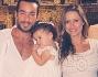 Lola Ponce con Aaron Diaz e la figlia Erin con padrino a madrina