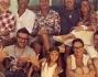 Gruppo flower power: Elena Santarelli, Bernardo Corradi, Sonia Bruganelli, Bruno Bortot, Ilaria Teucci, Paolo Bonolis, Alessandro Cattelan e tanti altri