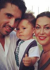 Sara Ventura, agosto in famiglia con Andrea ed Enea: foto