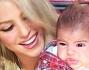 Il piccolo Milano non sembra divertirsi molto durante le riprese di The Voice insieme a mamma Shakira