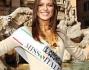 la nuova miss italia silvia battisti davanti Fontana di Trevi