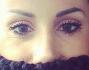 Simona Salvemini si copre per nascondere i suoi 'canotti'