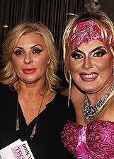Tina Cipollari, serata mondana a Roma circondata da drag queen: foto