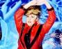 Antonella Clerici si improvvisa \'Michael Jackson\' a \'Ti Lascio una Canzone\'