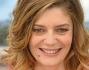 Chiara Mastroianni in rosa sulla croisette di Cannes