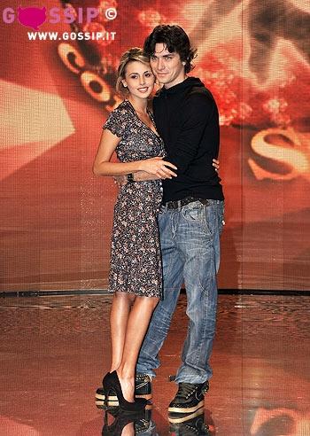 http://www.gossip.it/spettacolo/conferenza_stampa_ballando_con_le_stelle/images/dmitry_pakhomov_insieme_a_benedetta_valanzano_0f70.jpg
