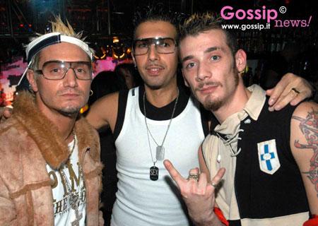Dance awards di radio deejay foto e gossip by gossip news - Foto gemelli diversi ...