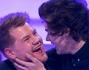 Quante giovani fans sarebbero volute essere al posto di James Corden al momento del bacio con il bel Harry Styles dei One Direction