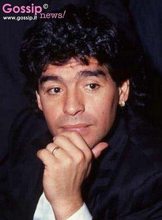 Maradona ieri e oggi - Foto e Gossip by Gossip News