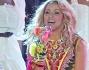 Shakira Sexy e selvaggia per il concerto dei Mondiali