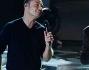 Duetto sul palco di X Factor perDuetto sul palco di X Factor per Luca Carboni e Tiziano Ferro