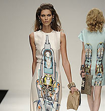 London Fashion Week PE2011: Holly Fulton
