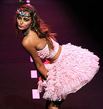 New York Fashion Week PE2011: Betsey Johnson