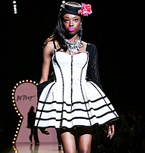 New York Fashion Week PE2012: Betsey Johnson