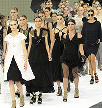 Paris Fashion Week PE2011: Chanel