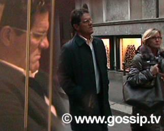 Fabio Capello e Laura, shopping natalizio