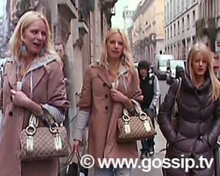 Camilla Sjoberg, un po' di shopping con la sorellina