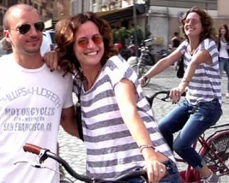 Chiara Giordano, pedalando in bicicletta...