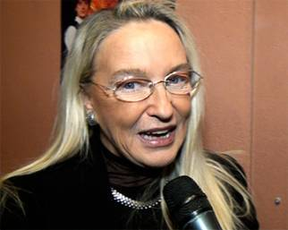 Eleonora Giorgi: 'Alice � la moglie perfetta per mio figlio!'