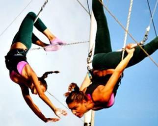Nina Senicar, trapezio per volteggiare in alto