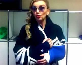 Milly Carlucci, video-messaggio dopo incidente ed operazione