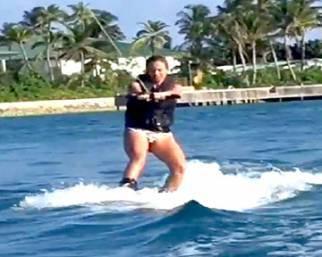 Sonia Bruganelli, alle Maldive sci nautico e non solo