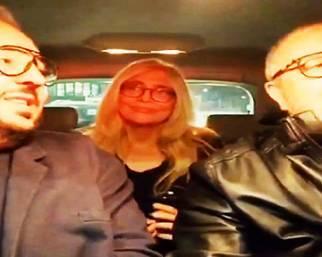 Mara Venier, metti una sera in auto con Lollo e Mario...