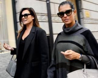 Alena Seredova fa shopping con l'amica
