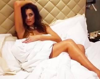 Alena Seredova, lo shooting è 'hot'
