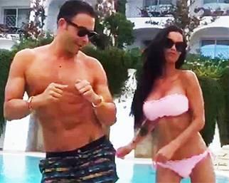 Antonella Mosetti e Giacomo Urtis , coreografie in piscina