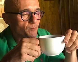 Alfonso Signorini, cialda 'no good', meglio il caffè con la moka