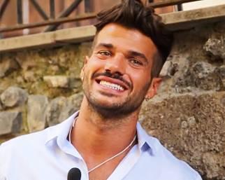 Claudio Sona, il primo tronista gay di 'Uomini e Donne'