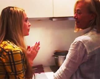 Martina Stella, la mamma la promuove