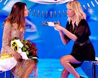 Bettarini manda le rose rosse a Dayane Mello