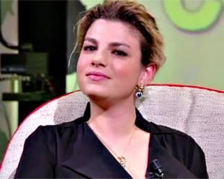 Emma si commuove a L'Intervista