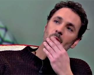 Costanzo fa piangere Raoul Bova