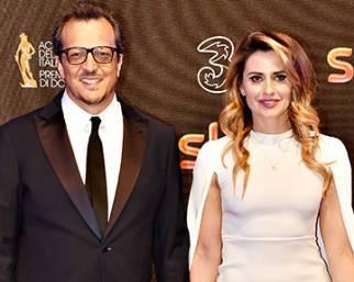 Gabriele Muccino con la moglie Angelica ai David