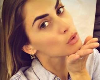 Melissa Satta: selfie si, nuda no!