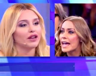 Karina Cascella contro Asia Nuccetelli: ''Basta chirurgia''