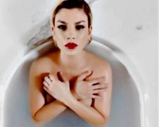Emma Marrone sensuale nel nuovo spot YSL